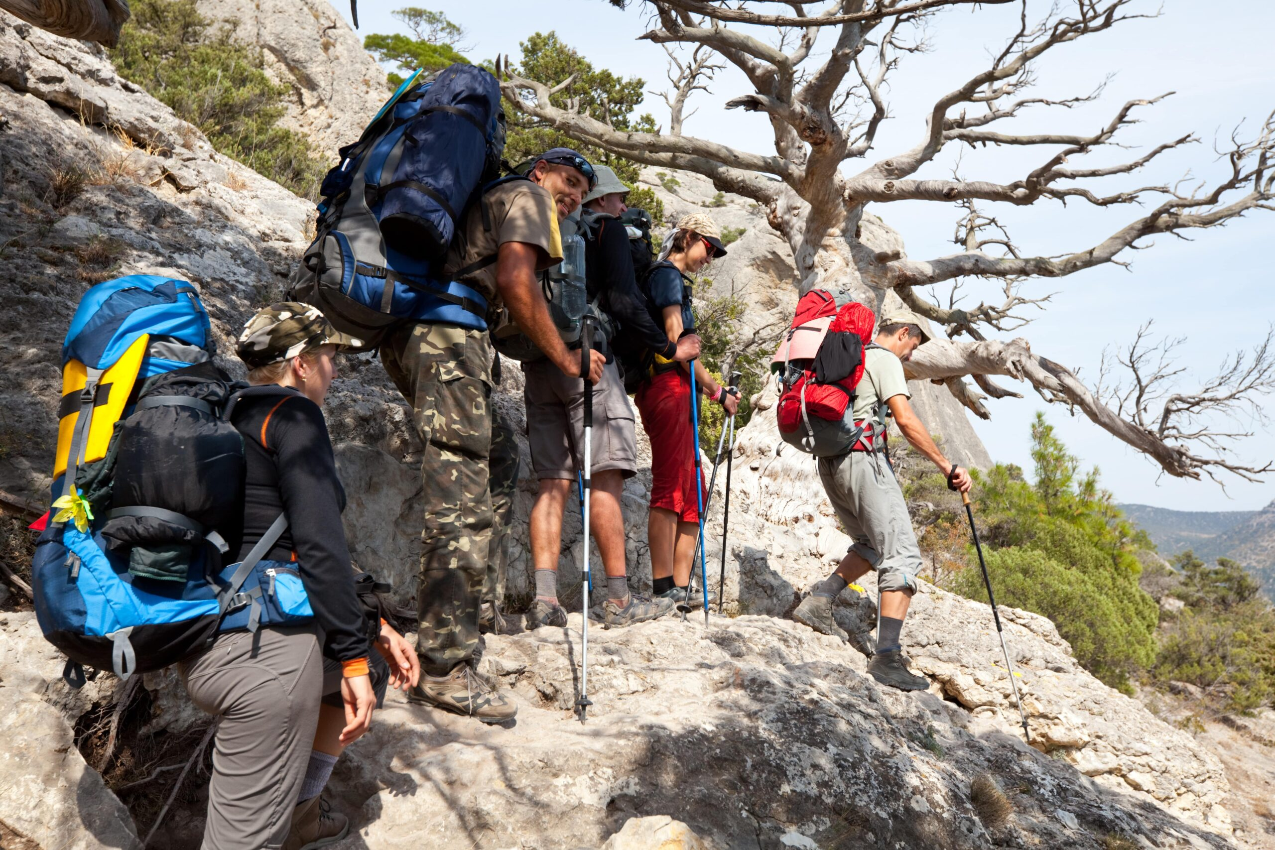 11 Unspoken Rules of Hiking Trail Manners